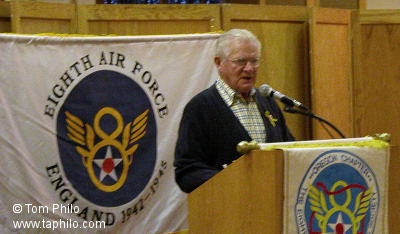 Don Malarkey, 101st Airborne Division, WW II, speaking at the November 2004 meeting.